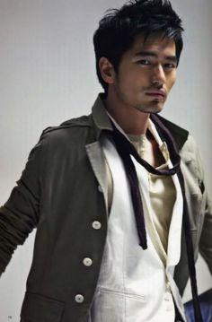 Lee Jin Wook casual menswear