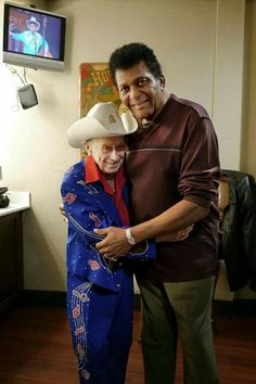Classic Country Artists, Classic Singers, Male Country Singers, Country Music Artists, Best Country Music, Country Music Stars, Famous Black Americans, Jimmy Dickens, Charley Pride