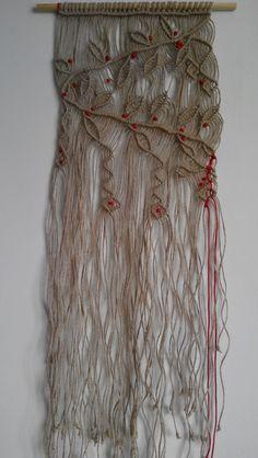 Wanddeko - Macrame Wandbehang / Zweige mit Beeren - ein Designerstück von PolymeRose bei DaWanda