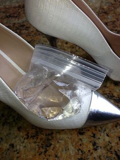 Dr Oz: How To Break In New Shoes  To break in newer shoes, place a resealable plastic bag of water in the toe of your shoe and put it in the freezer. As the water freezes and expands, it will stretch the shoe and break it in for you.
