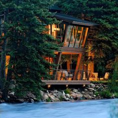 Twilight house Aspen Colorado Twilight House River House House By The Lake : cullen-house-from-twilight - designwebi.com