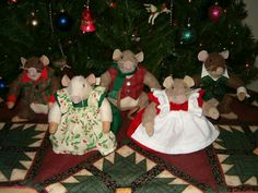 Stuffed mouse family by JoLynn Self