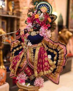 Krishna Radha, Captain Hat, Hats, Painting, Fashion, Moda, Hat, Fashion Styles, Painting Art