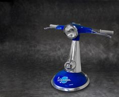 Vespa Streamline Lamp - Blue