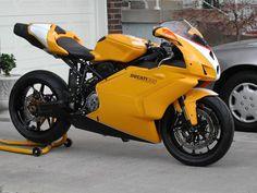 Ducati 999 Ducati Logo, Ducati Motogp, Moto Ducati, Ducati Motorcycles, Moto Guzzi, Ducati Scrambler Cafe Racer, Cafe Racer Bikes, Ducati Monster 796, Ducati Xdiavel