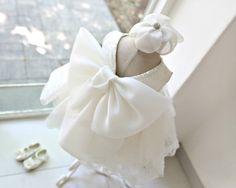 Sooo prrrretty!! Stunning Big Bow Back Flower Girl Dress #wedding #flowergirldress