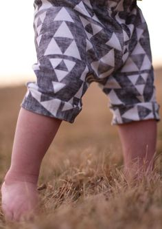 Organic Knit Baby Capris  Made with Spoonflower door Saravadesigns, $25.00