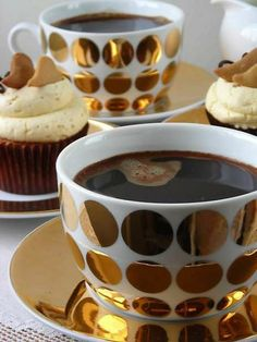 8 Astonishing Cool Ideas: Coffee Filter Machine how to make bulletproof coffee.Coffee Drinks At Home coffee pictures recipes for.Coffee And Books Background. Coffee Break, I Love Coffee, Morning Coffee, Black Coffee, Sweet Coffee, Coffee Girl, Coffee Cafe, Coffee Drinks, Coffee Mugs