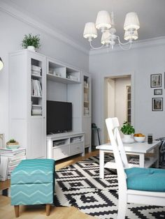 Otthonos, barátságos kis 41nm-es lakás IKEA bútorokkal és táblafestékkel dekorált nappali fallal