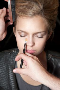 Beauty Lessons: Covering dark circles under eyes