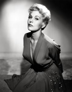 Kim Novak  (Bell, Book and Candle)