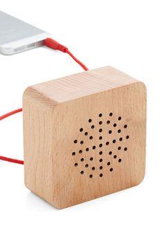 Wood You Turn It Up? Portable Speaker by Kikkerland - Multi, Rustic, Better, Minimal Diy Speakers, Portable Speakers, Wooden Speakers, Cool Stationery, Stationary, Iphone 7 Plus, Speaker Design, Electronic Gifts, Desk Accessories