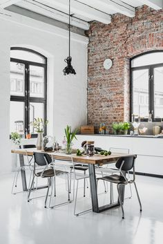 Industrial Home Decor Ideas - industrial home with red brick - Unconcealed Wood . : Industrial Home Decor Ideas – industrial home with red brick – Unconcealed Wood Ceiling Beams balken Industrial Home Decor Ideas Industrial Interior Design, Industrial Interiors, Industrial House, Industrial Loft Apartment, Modern Interior, Loft Design, Küchen Design, House Design, Design Ideas