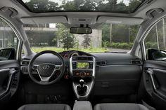 Toyota Verso Interni