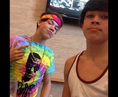 Hayes Grier and Taylor Caniff Cameron Alexander Dallas, Cameron Dallas, Magcon Family, Magcon Boys, Emo Guys, Guys And Girls, Benjamin Hayes Grier, Bae, Vine Boys