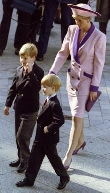 Diana, Princess of Wales with her sons Princes William and Harry.