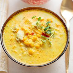 Corn Soup w/ Chicken and Millet Best Soup Recipes, Easy Chicken Recipes, Favorite Recipes, Healthy Recepies, Happy Foods, Soup And Sandwich, I Love Food, Food Porn, Food And Drink