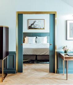 Oversized Mirror, Furniture, Home Decor, Luxury Hotels, Restaurants, Decoration Home, Room Decor, Home Furnishings, Home Interior Design