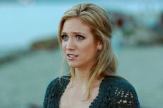 HAIRSTYLE - Brittany Snow (Kate, John Tucker Must Die)