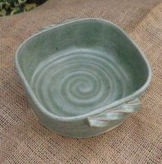 Serving dish bowl casserole bread baking hand thrown stoneware pottery ceramic