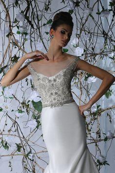 Victor Harper - Designer Bridal Gown - Style VH172 (Close up)