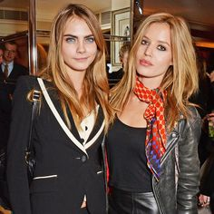 2 Supermodels Take On The Pastel Hair Trend