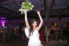 Ramo Novia / Bride Bouquet / Ideas Matrimonio / Wedding ideas Bride Bouquets, Wedding Ideas, Concert, Wedding Bouquets, Boyfriends, Bridal Bouquets, Concerts, Wedding Ceremony Ideas