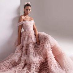 Evening Dresses, Prom Dresses, Formal Dresses, Wedding Dresses, Chiffon Dresses, Bridesmaid Gowns, Fall Dresses, Long Dresses, Indian Wedding Gowns