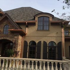 New copper gutters being installed on a job, love this look! Drake, Copper Gutters, Home Improvement, Exterior, Mansions, House Styles, Diy, Outdoor, Mansion Houses