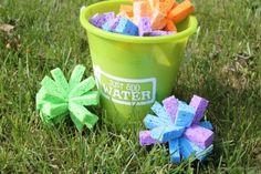 Sponge Ball Water Fight via createcraftlove.com #waterfun #outdoors #kidsactivities #summer