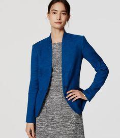 LOFT Textured Collarless Blazer 50% off Black Friday weekend with code: FRIYAY ... in blue size 2