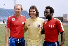 Gerry Francis of England with Bobby Moore and Pele representing an NASL select team.