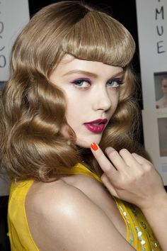 """deus-e-x-machina: """" Frida Gustavsson at Dior SS 11 What the fuck how is it that some people get to look like this and I have to look like this """" Pin Up Hair, Love Hair, Great Hair, Frida Gustavsson, Retro Makeup, Rockabilly Hair, Retro Hairstyles, Up Girl, About Hair"""