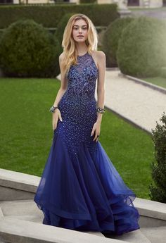 Make it a night to remember when you rock this striking formal evening gown   with 1e109ed3a