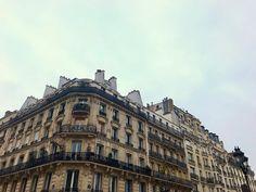 """Nastasia Michailou 🌗 on Instagram: """"PARIS ♥️"""" Louvre, France, Paris, Building, Pictures, Travel, Instagram, Photos, Montmartre Paris"""