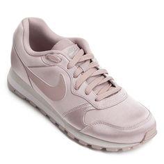 55878a9a1 39 melhores imagens de Para os pés   Shoes, Athletic wear e Dressing up