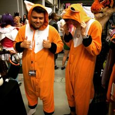 Just a couple of Japanese Red Foxes 2015 at the Palais Des Congres. Onesie Costumes, Red Fox, Foxes, Montreal, Onesies, Pajamas, Japanese, Couples, Anime
