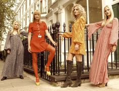 Biba Girls London Kinda hippy ish kind of modish totally Biba Fashion, 60s And 70s Fashion, London Fashion, Retro Fashion, Vintage Fashion, Swinging London, London Stil, Barbara Hulanicki, Vintage Outfits