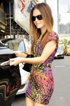 Rachel Bilson is so gorgeous and has the best style