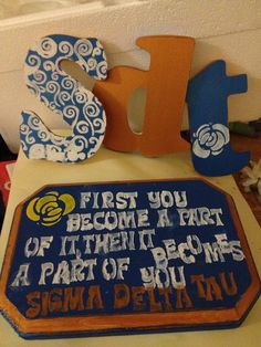 Crafts for Sigma Delta Taus Big Sis Week at the University of Virginia!