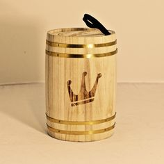 Great. GREAT!! Gluten free gift!! Wood barrel, vintage inspired rock and roll t-shirt. Very regal looking.