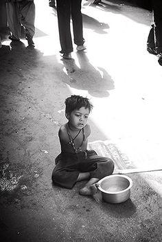 firoze shakir - Mumbai Bandra, Beggar Poet of Mumbai, UNLEARNING | about.me