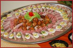Koud buffet en kaasschotel   't Barbeknoeierke Love Food, Barbecue, Tapas, Food And Drink, Mexican, Meat, Snacks, Ethnic Recipes, Buffets