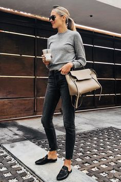 Fashion Jackson Wearing Everlane Grey Cashmere Shunken Sweater Black Jeans Black Fashion Jackson Wearing Everlane Grey Cashmere Shunken Sweater Black Jeans Black Gucci Mules Celine Mini Belt Bag The p Looks Street Style, Looks Style, My Style, Classic Style, Mode Outfits, Trendy Outfits, Fashion Outfits, Jean Outfits, Fall Outfits