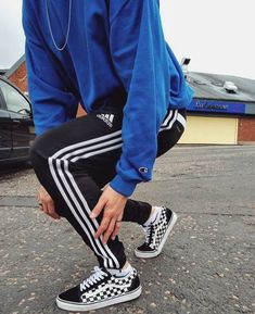 29407aa24e Follow me for more pins of street wear style
