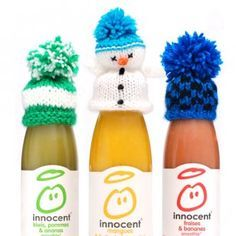 L'aventure des bonnets Innocent continue. Christmas Hat, Christmas Crafts, Xmas, Knitting For Charity, Big Knits, Cute Crochet, Knitted Hats, Knitted Scarves, Knitting Patterns