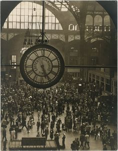 Arnold Eagle, Pennsylvania Station, 1942