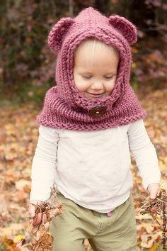"""Капюшон """"Мишутка"""" - брусничный, снуд вязаный, снуд спицами, капюшон, ушки, шапка детская, handmade"""