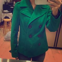 Green Pea Coat In love with pea coats. And this was always my favourite. Looks brand new!! Clean with no stains or any tears  Old Navy Jackets & Coats Pea Coats