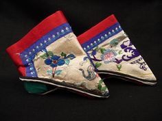 lotus shoes from china